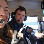 kirsti og mikael i helikopter