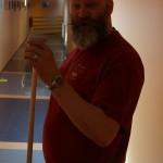 En fortvilet representante for det vasketekniske personalet, Runegutt.