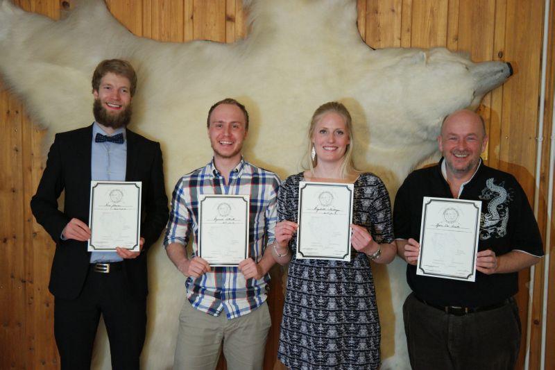 Rune, Raymond, Ragnhild og Bjørn Ove hadde besteget de syv fjell på Bjørnøya denne sesongen. Foto: Kari