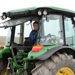 Margrete er traktorfører